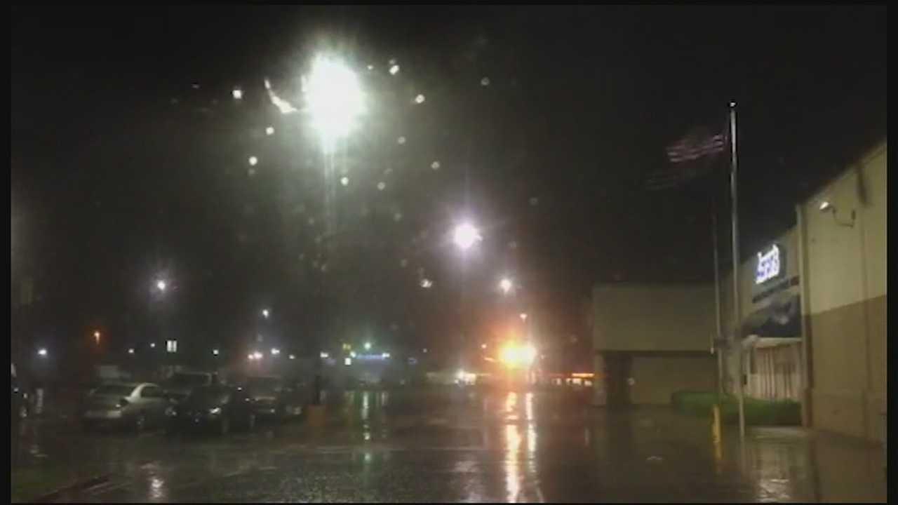 Rain, wind & lightning cross metro
