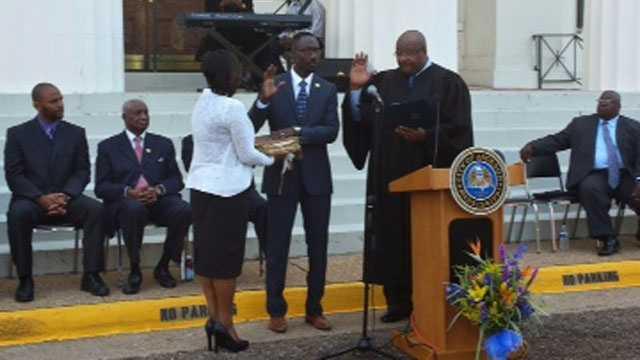 Yarber sworn in