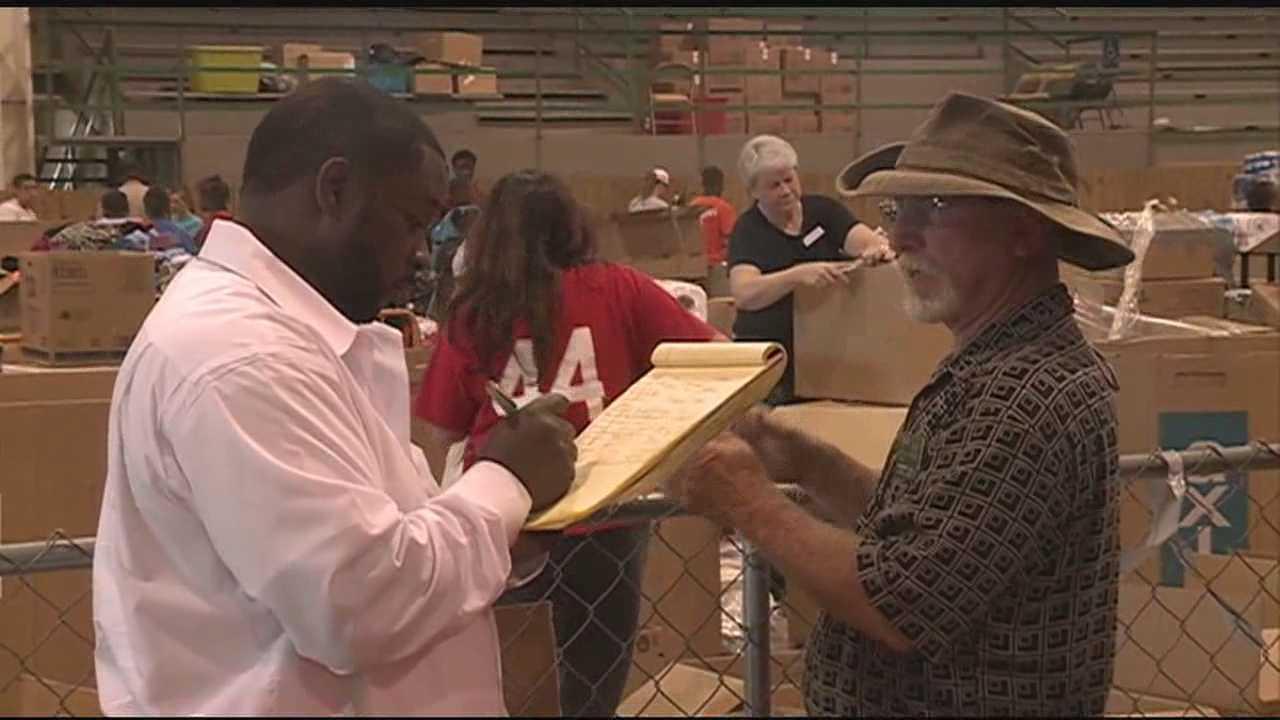 Louisville volunteers