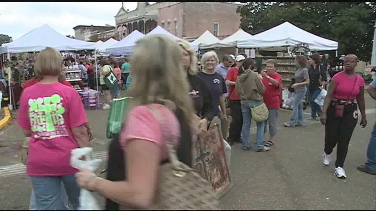 The Canton Flea Market kicked off early Thursday morning.