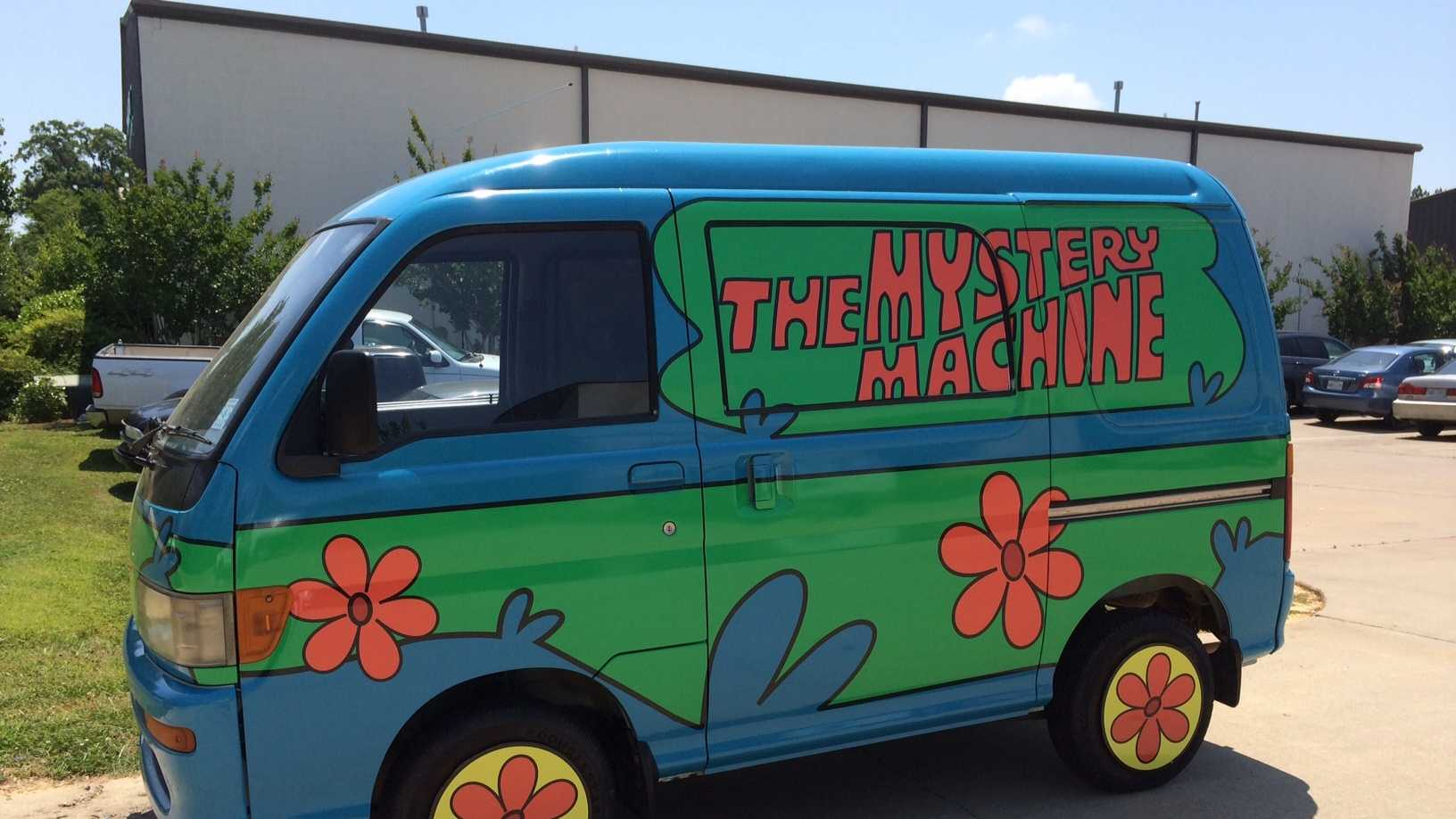 Dig Creative Solutions in Flowood designed the Mystery Machine for a customer.