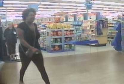 The Pearl Police Department is working to identify two women wanted in a fraud case.