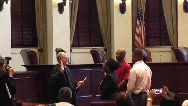 Muriel B. Ellis is sworn in as Mississippi Supreme Court clerk.