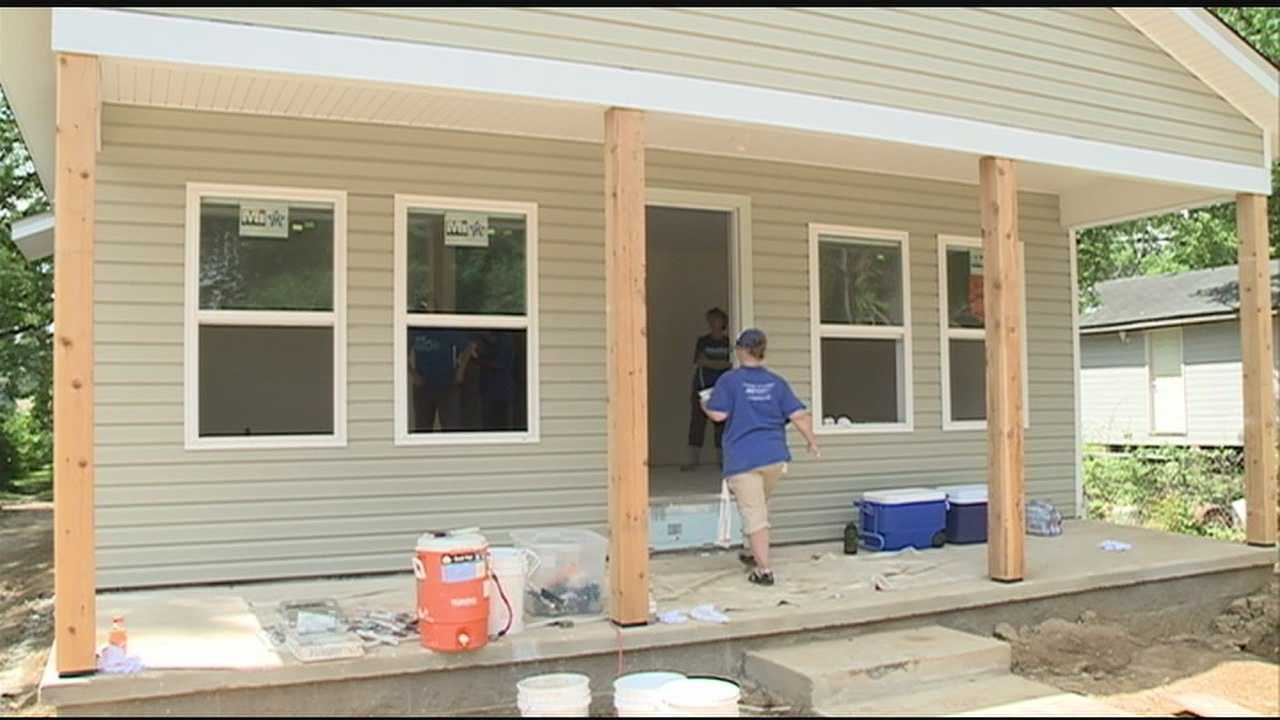 A single mother and her two children will finally have a home of their own- all thanks to Blue Cross and Blue Shield of Mississippi and Habitat for Humanity.