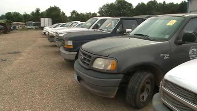 More than 350 vehicles will be sold, including pickup trucks, dump trucks, fire trucks, sewer trucks and SUVs.
