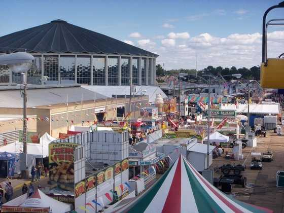 Upload your pictures of the Mississippi State Fair to u local.