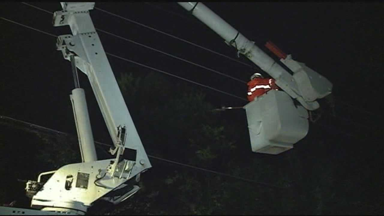 Hundreds of people lost power during an overnight storm that crossed the state.