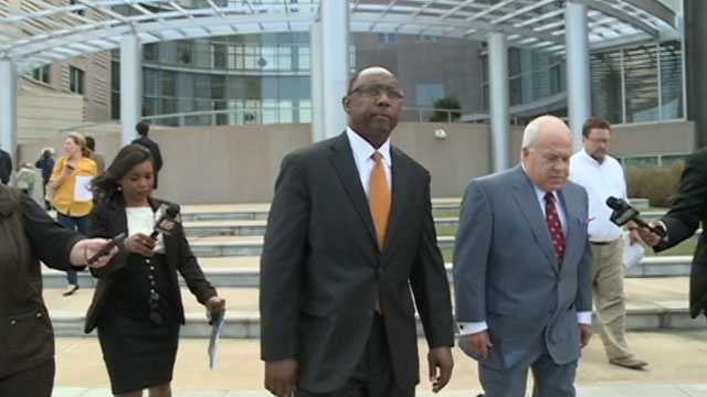 Former Mississippi Corrections Commissioner Chris Epps leaves the Federal courthouse in Jackson in 2014.