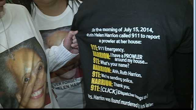 Helen Harrion's daughter wears a T-shirt with the transcription of the 911 call her mother made hours before she was found dead.