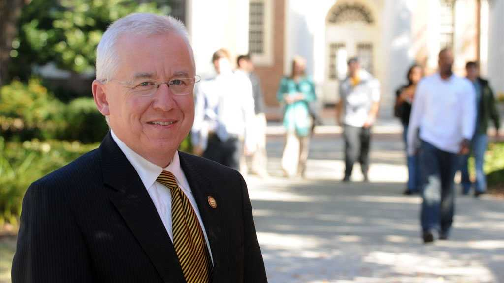Joe Paul, vice president for student affairs at the University of Southern Mississippi for 21 years, is retiring June 30.