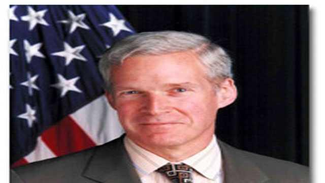 Mark W. Everson announced Thursday he is running for president.