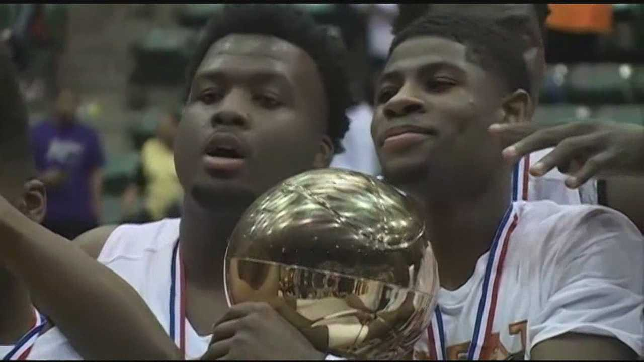 Callaway becomes first boys program to win four straight state championships in the post-segregation era. Callaway 66, Ridgeland 43