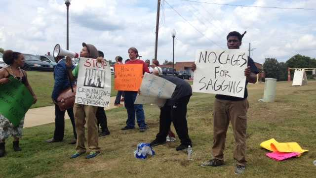 A protest was held Wednesday after a Hinds Community College student said he was arrested on the Raymond campus for wearing sagging pants.