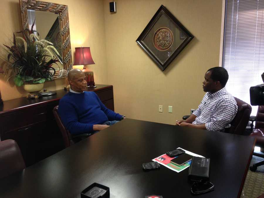 Baseball great Darryl Strawberry stopped by the 16 WAPT studio to talk to Sports Director Ray Coleman.
