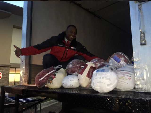 Marcus Hunter was out early at the Kroger on I-55 for Turkey Drive 16.