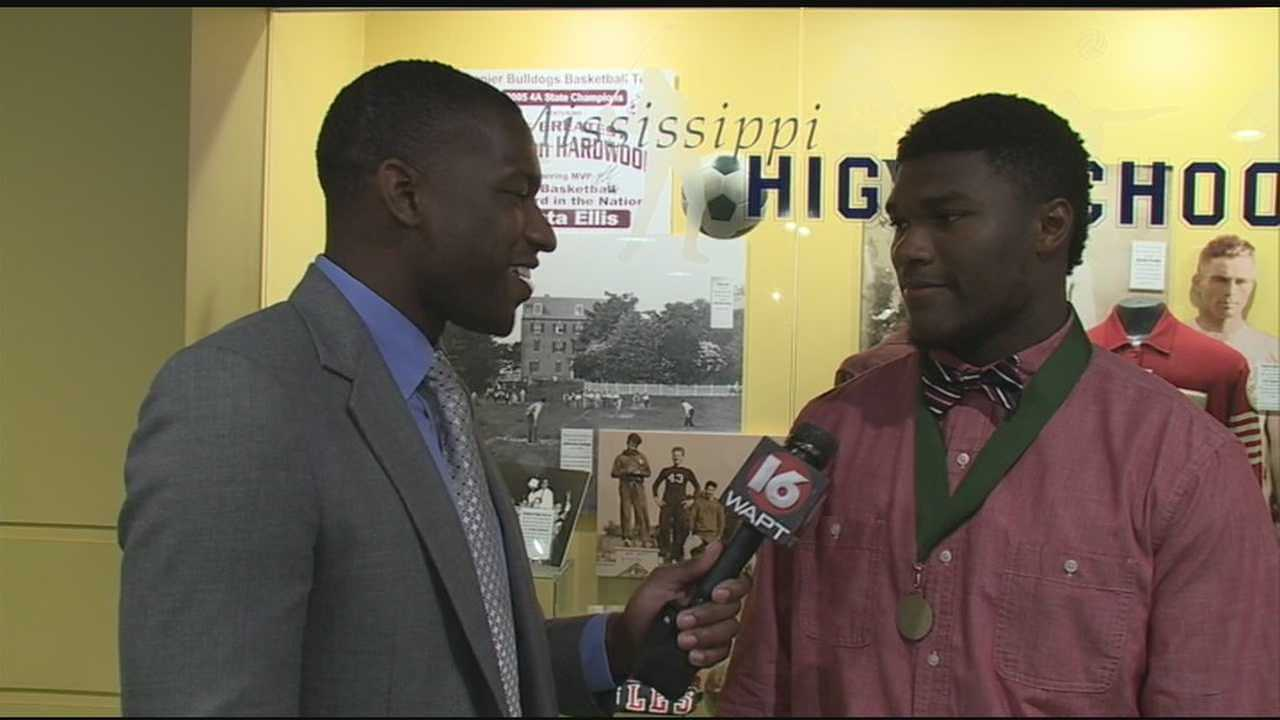 Cam Akers wins Blitz 16 Player of the Year