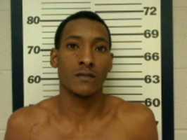 Rodrecus Jymal Williams, 25, of Jackson, is charged with petit larceny, disorderly conduct and resisting arrest, Ridgeland police say.