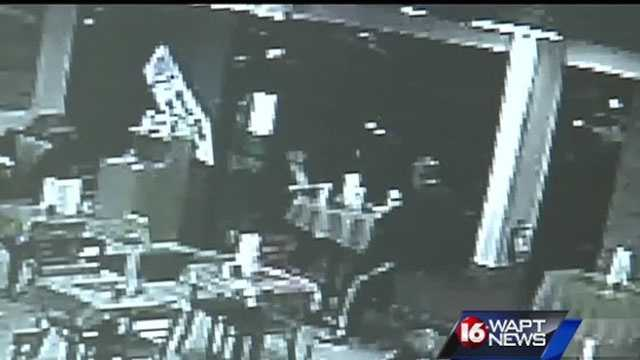 A woman attempts to stop a purse snatching but the thief gets away. 16 WAPT's Anne Parker has the surveillance video of the scene.