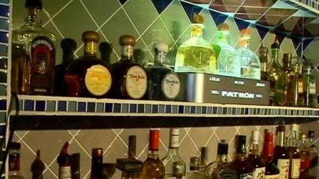 Liquor - 28408617