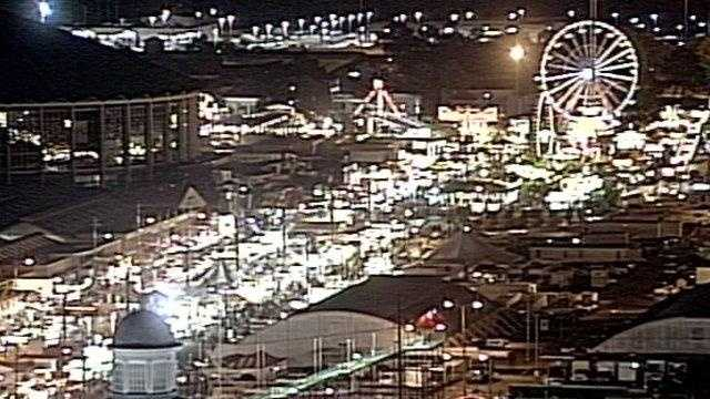 Mississippi state fair nighttime - 25429042