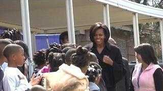 Michelle Obama with kids - 22730551
