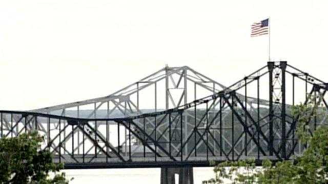 Vicksburg Bridge Mississippi River - 17504247