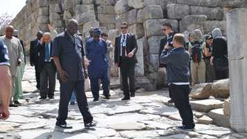 The president of Nigeria visits Ephesus