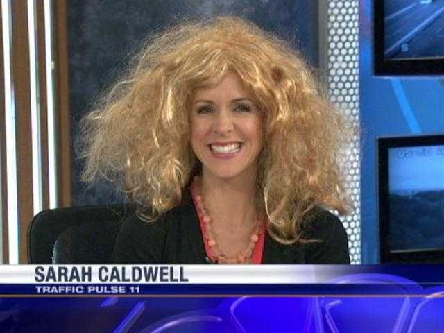 Sarah then borrowed Mindy's wig to see how she looked. Not too shabby! Watch the video.