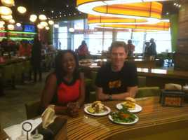 11 News reporter Lisa Robinson got to meet celebrity chef owner Bobby Flay.