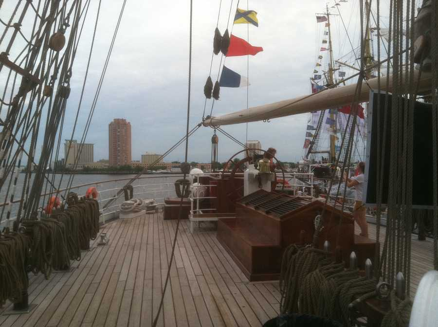 Video: Cisne Branco sets sail!
