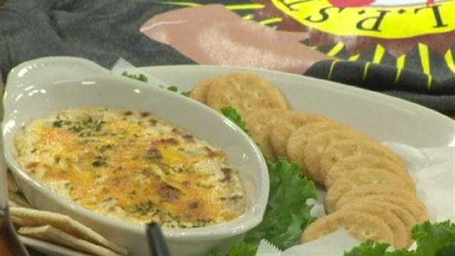 Meaty's mouth-waterin' crab dip