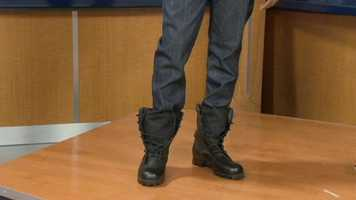 Untied boots give the outfit and student a current touch.
