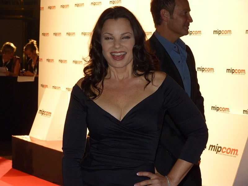 "What does a former nanny, Greg Brady of the The Brady Bunch and the king of Auto- Tune have in common? They all share a birthday on Sept. 30. Star of ""The Nanny"" Fran Drescher takes on 54, Barry Williams, also known as Greg Brady, turns 57, and rapper and music producer T-Pain (said in an Auto-Tune voice) takes on 26 on this final day of September."