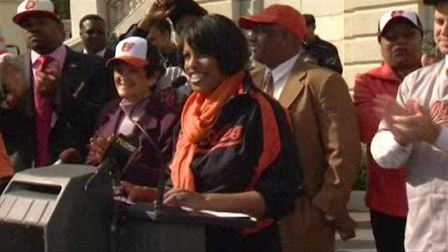 Mayor Stephanie Rawlings-Blake led the charge in unveiling the new banner at City Hall.