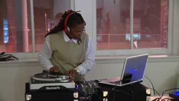 The Sisters Network hosted a night of art, food and awareness Thursday at the Eubie Blake Center in Baltimore.