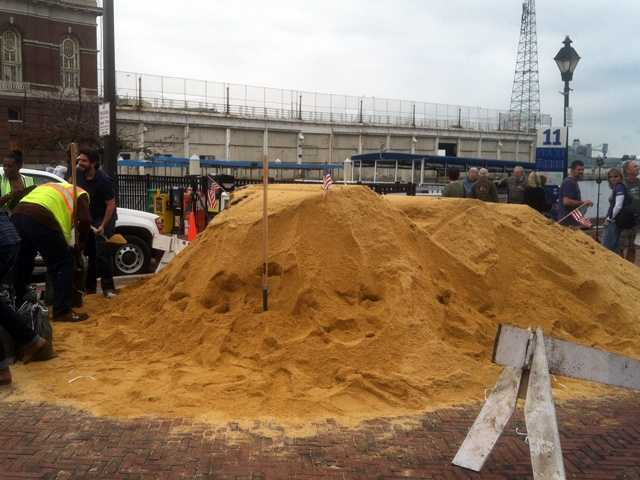 Baltimore City offers sand and bags to city residents ahead of Hurricane Sandy's potential arrival.