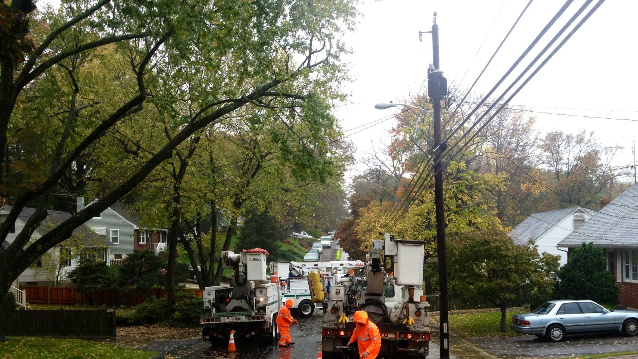 BGE crews working in the Linthicum area under heavy rainfall Monday.