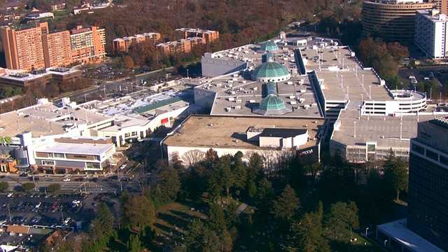 Towson Town Center: Holiday Hours