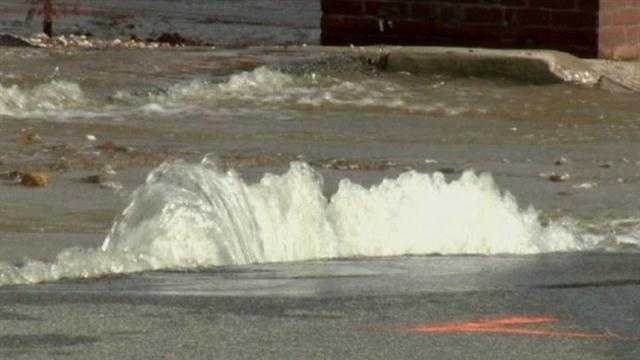 Baltimore Department of Public Works crews are again working to shut off another water main that burst in the city's Mount Vernon section.