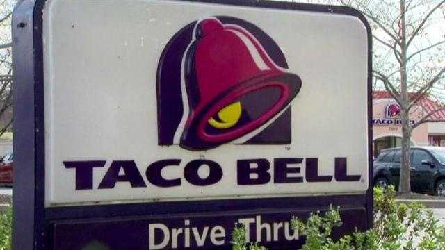 img-Taco Bell manager shot in Columbia