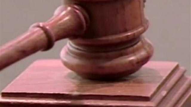 10. Judges - $119,270&#x3B; Lawyers - $116,260