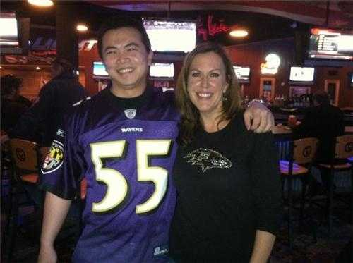 "From Jennifer: ""Awesome! Baltimore transplant in New England leaves a meeting just to meet us!!! And Mike Chen is pumped up for the game!"""