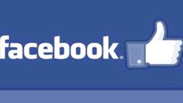 img-Naked students pics on Facebook prompts seminar