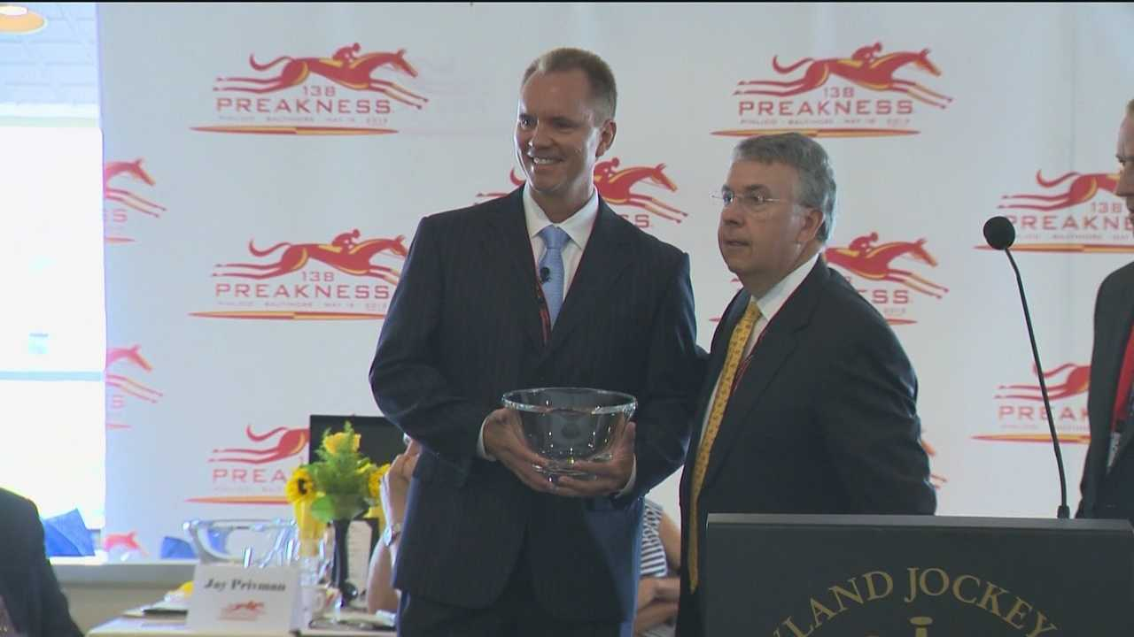 Trainer Shug McGaughey and other horse racing legends were among the celebrities at the annual Alibi Breakfast and this time around WBAL-TV 11 Sports Director Gerry Sandusky took home an honor.
