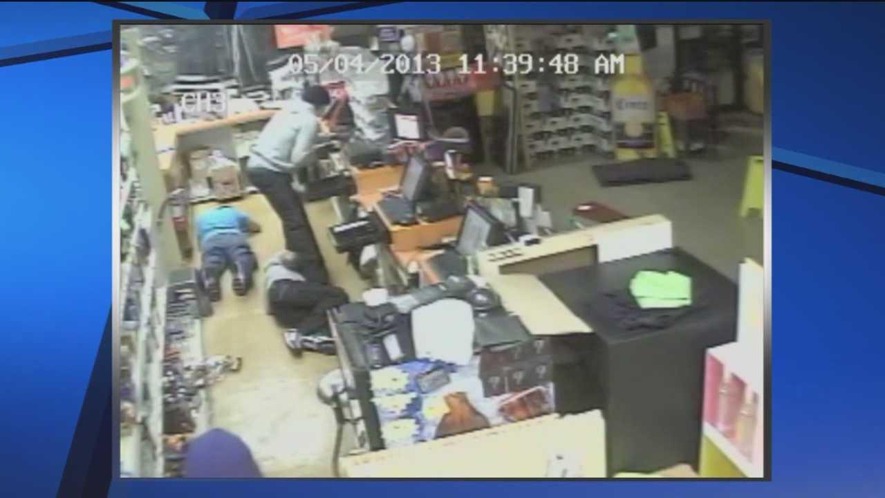 Video of Laurel liquor store robbers released