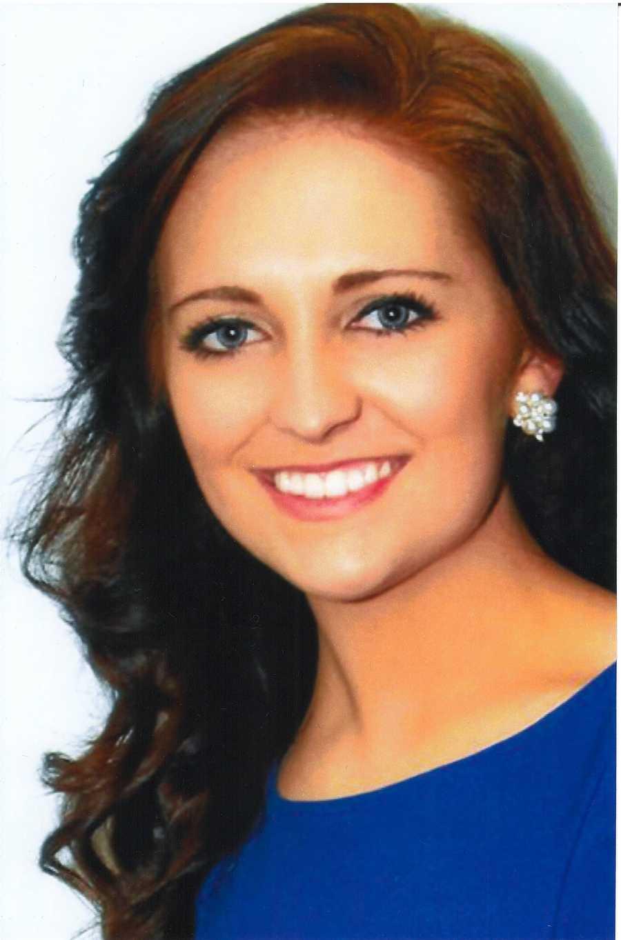 Emily Gallagher, 19, Miss SmithsburgAlzheimer AwarenessContemporary Dance