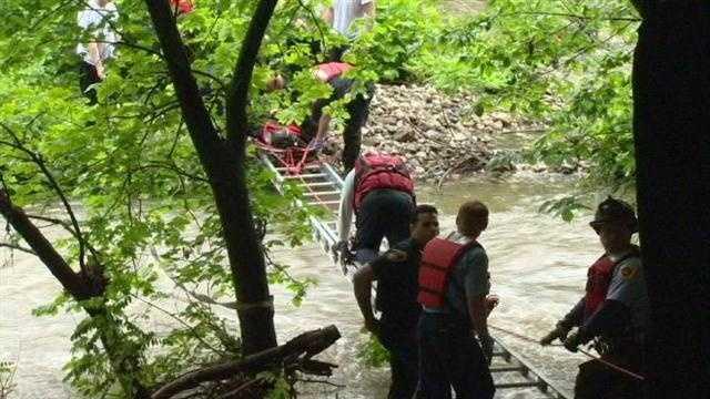 I-83 rescue - up close at river