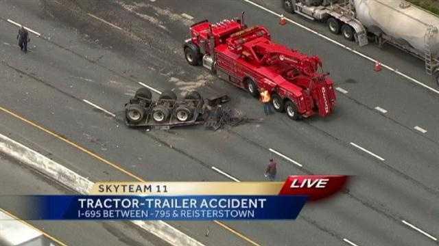 Tractor-trailer crash1