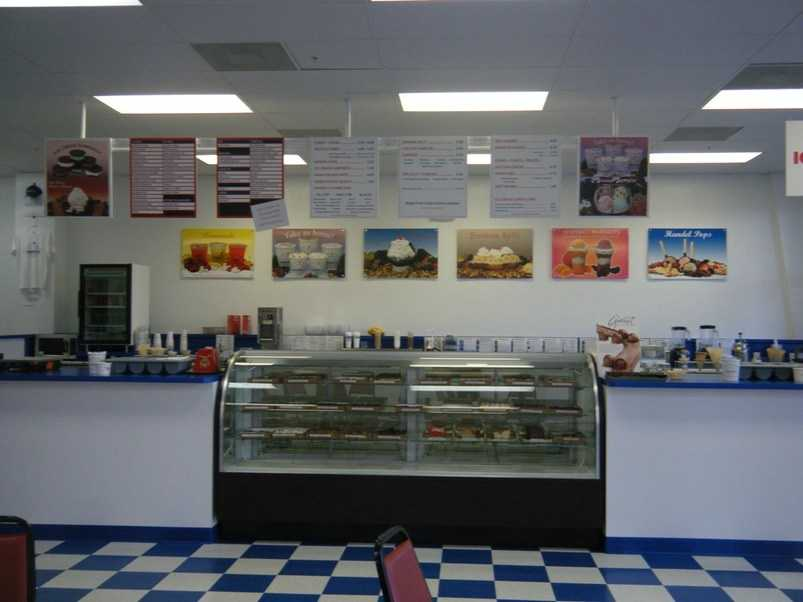 """Handel's Homemade Ice Cream, Bonita Springs, Fla., With over 30 locations, guests at this southern shop can choose from a variety of smooth and creamy options including Handle pops, fresh cones with towering scoops, or sundaes in one of their homemade waffle bowls. """"Handel's has by far the best ice cream in Florida. I had the Chocolate Pecan and it was divine,"""" commented a TripAdvisor traveler."""