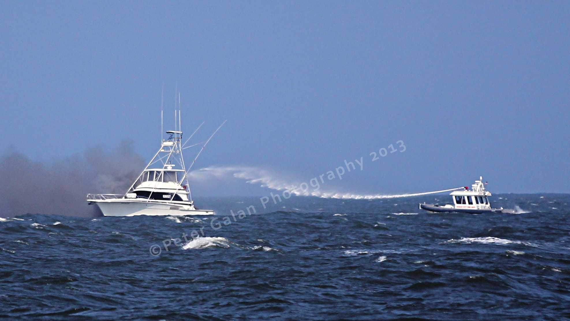 boat fire1.jpg